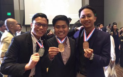 Junior Economics Major is Best Presenter at AmCham Leadership Program