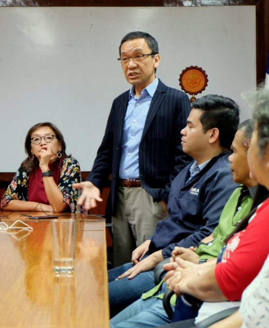 UNILAB Foundation reps meet Med School scholars