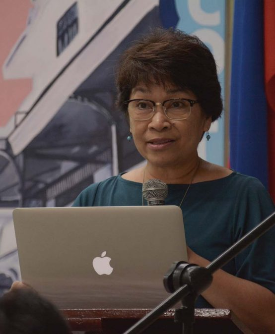 CMC faculty talks on environmental journalism in US Embassy lecture
