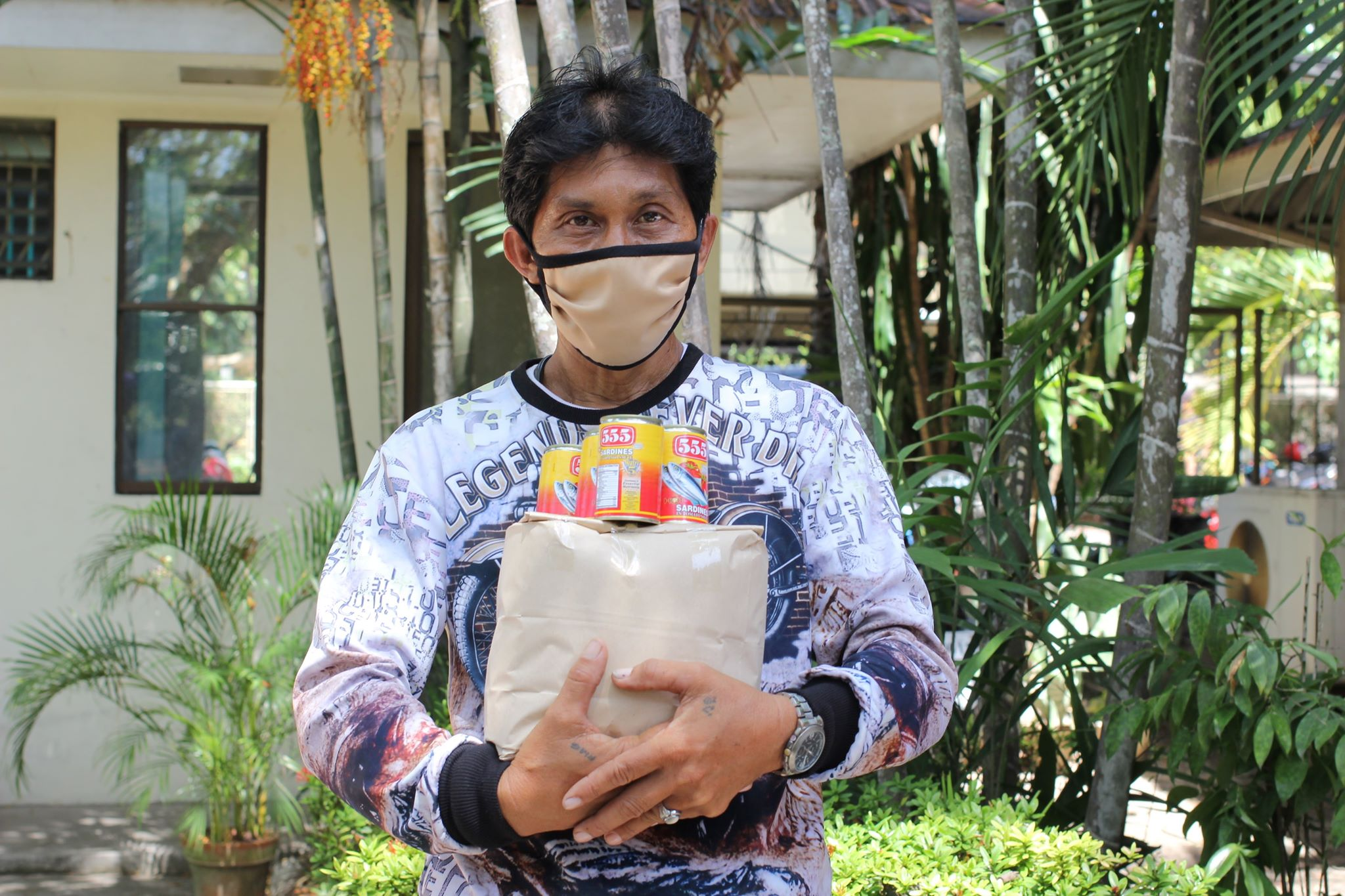 SU distributes 2nd batch of relief goods