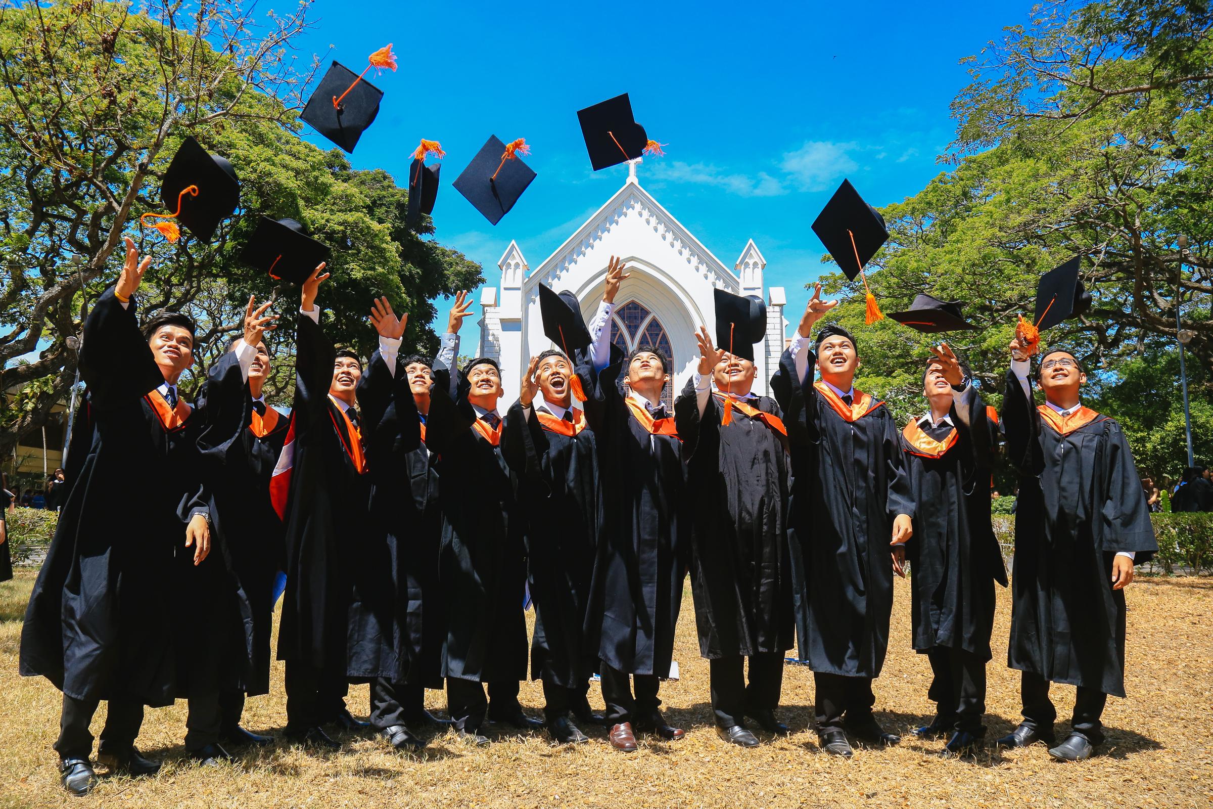 Alumni Reward Topnotchers in Bar, Physician Board Exam ...  Alumni Reward T...