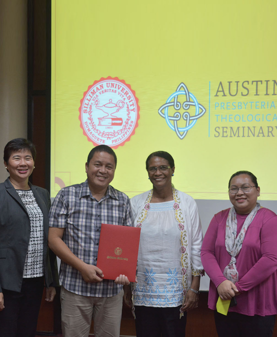 SU signs MOU with Austin Presbyterian Theological Seminary