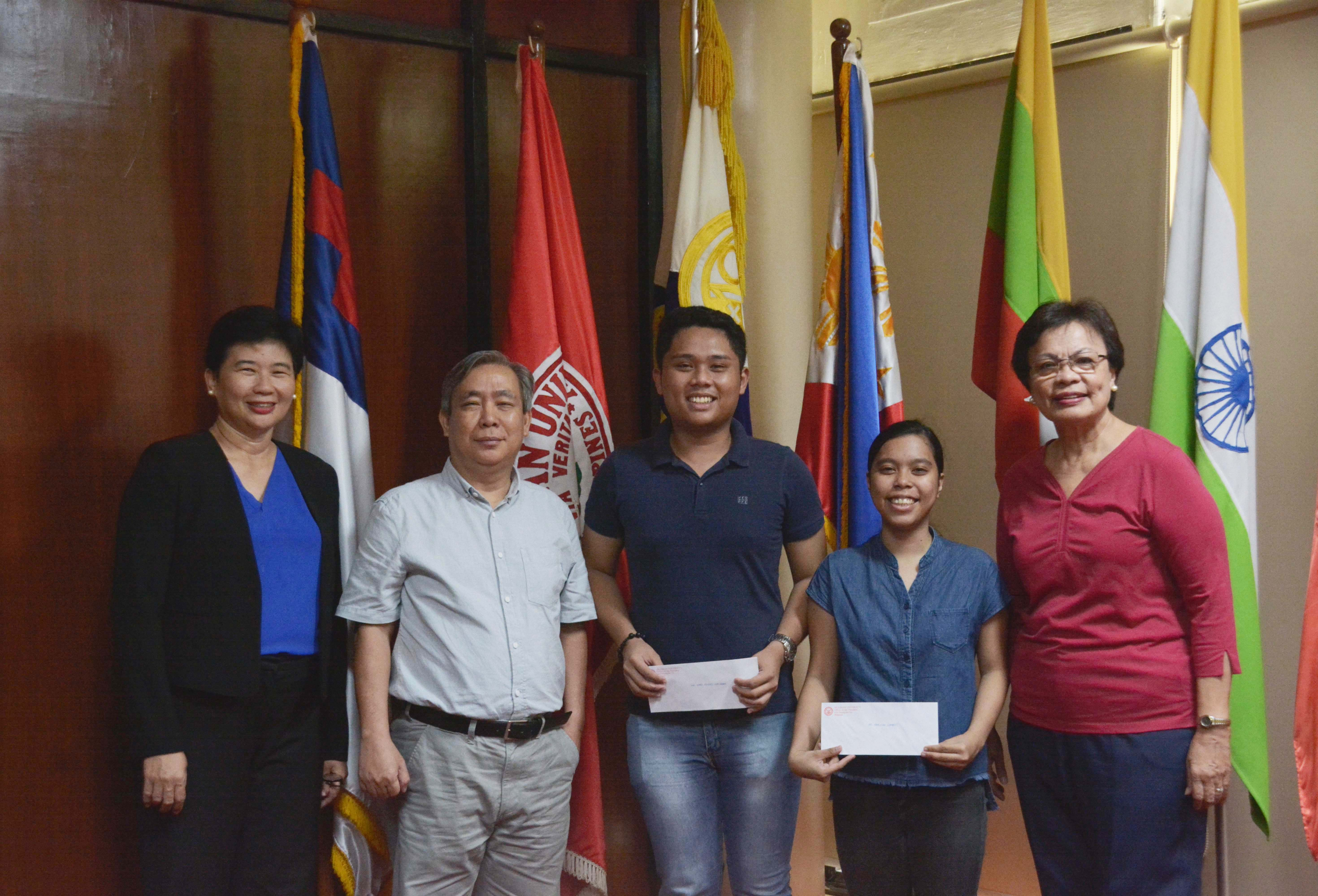 MedTech topnotchers receive cash incentive