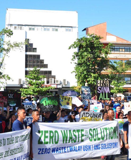 SU students join Zero Waste Walk