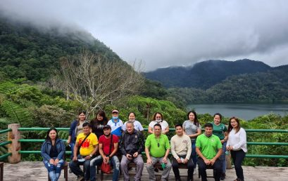 Biology Department conducts research, biodiversity survey at Twin Lakes for World Wildlife Day